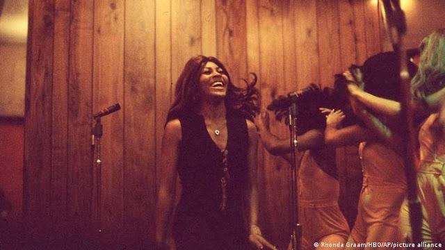 «Tina»: Ντοκιμαντέρ για μια θρυλική τραγουδίστρια