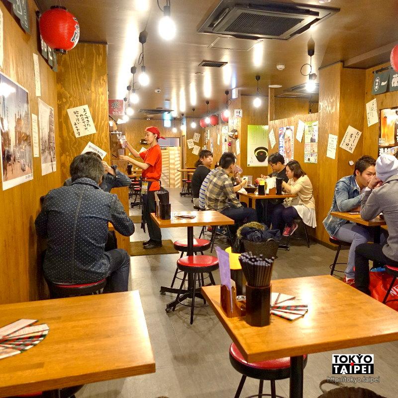 【一蘭道頓堀店別館】在屋台寬敞座位吃一蘭拉麵 還有限定抹茶杏仁豆腐