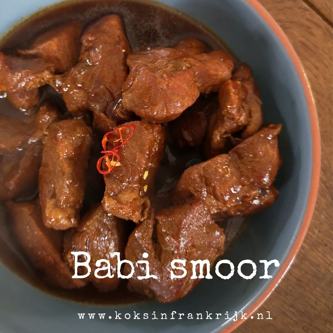 Snelle Indische stoofpot met varkensvlees: Babi smoor met ketjap en nootmuskaat