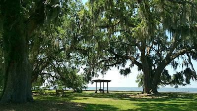 Mandeville LA lakefront park