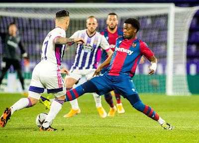Los problemas físicos de los centrocampistas del Levante UD