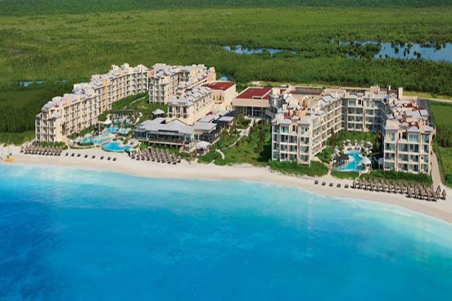 Now Jade Riviera Cancun redefines all-inclusive and offers the perfect escape for couples, families and friends, set along 2,600 feet of pure crystal white sand and refreshing azure waters, combining understated sophistication with Unlimited-Luxury® amenities.