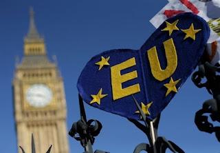 """Το Λονδίνο """"βαθιά απογοητευμένο"""" από την αμερικανική απόφαση"""