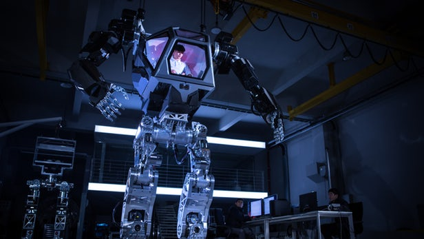 Amazon Ceo Jeff Bezos Tests A Transformers Size Manned Robot At