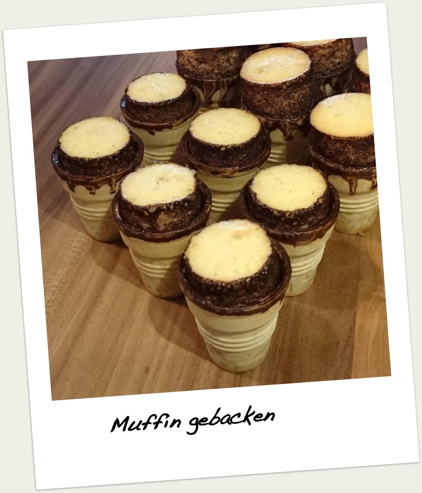 Sommer Ade Willkommen Herbst Muffins Im Waffelbecher Mit Baiser