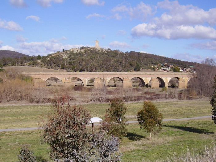 NSW RADIO AND COMMUNICATIONS - by Michael Bailey: GOULBURN