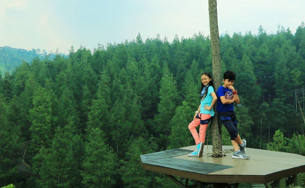 10 Tempat Wisata Instagramable Di Bandung Yang Wajib