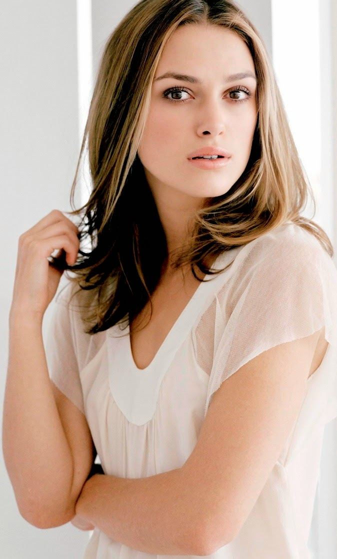 Photo and Biography: Keira Knightley