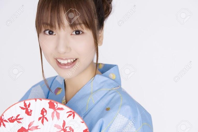 Ingin Berkenalan Dengan Gadis Jepang ? Masuk Kesini