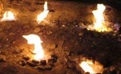 Api abadi sungai siring, Samarinda Utara, Kalimantan.jpg