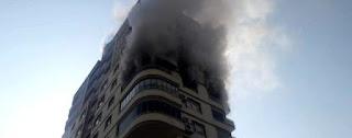 تركيّة تقفز من الطابق الثامن بعد اندلاع النار في شقتها
