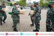 Jelang Memasuki Akhir Ramadhan, Korem 143/HO Bagikan 406 Paket THR Sekaligus Sosialisasikan Larangan Mudik
