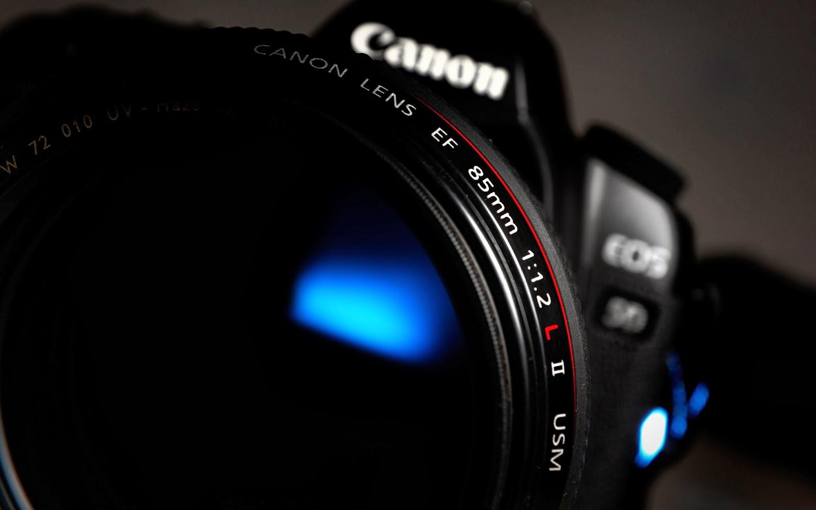canon-camera-close-up-wallpaper-2560x1600
