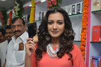 Catherine Tresa in Orange Kurti top and Plazzo at Launches B New MobileStore at Kurnool 10.08.2017 025.JPG