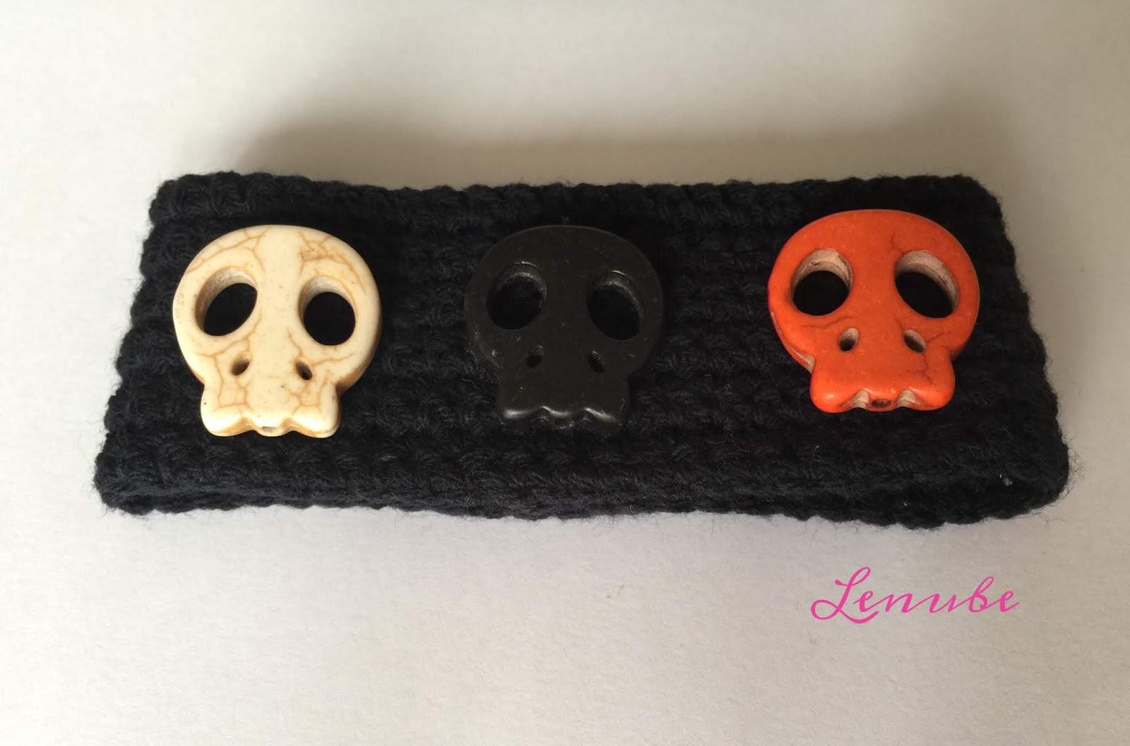 como hacer pulsera a Crochet Halloween Calaveras