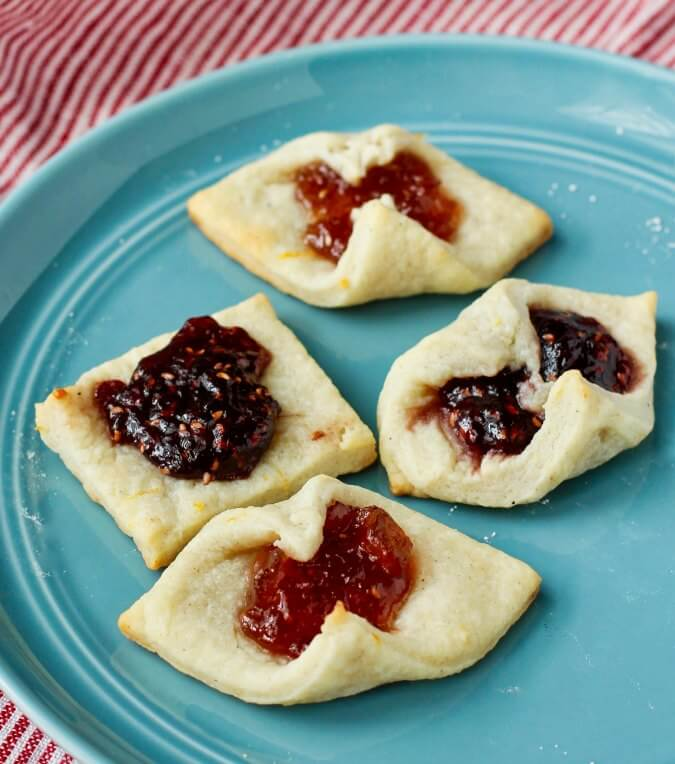 Kolaczki Polish Jam filled cookies that spread open