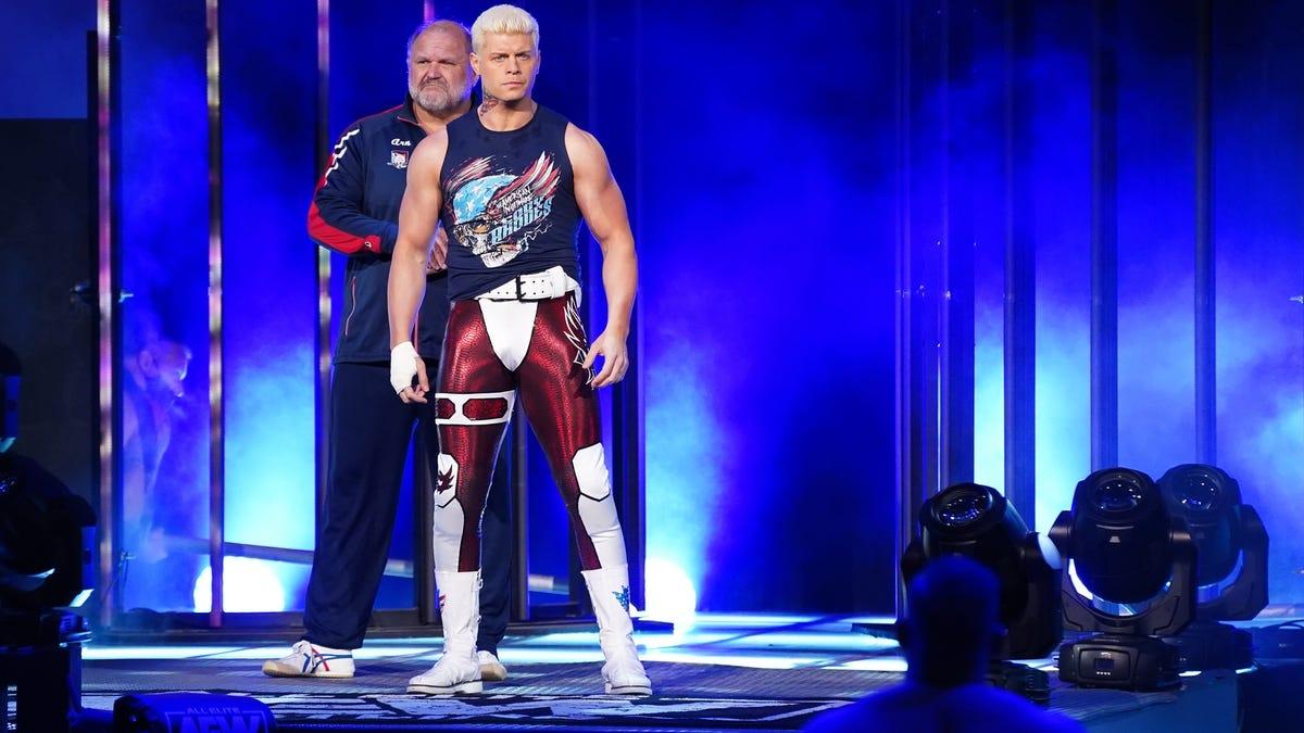 AEW pode adicionar estipulação especial em rivalidade de Cody Rhodes