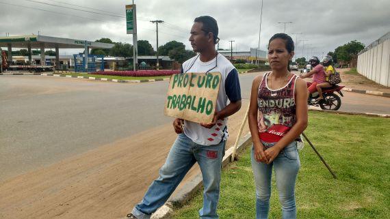 """El """"legado"""" de Chávez llega a Boa Vista en busca de comida"""