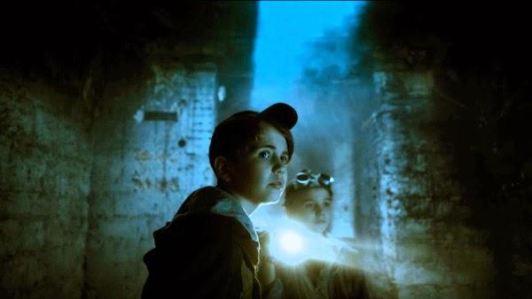 Тайна темной комнаты фильм