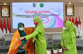 Maya Indriasari Zahir Terima Study Tiru Tim UP2K PKK Kota Padang Sidempuan