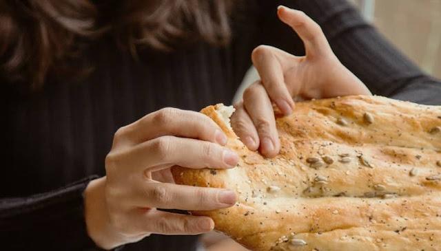 ¿Comer pan engorda?: Respuesta, el consumo de pan moderado de pan no engorda.
