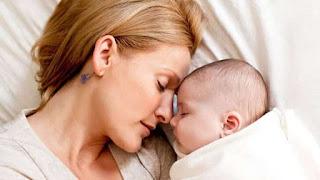 تفسير حلم رؤية الأم الميتة مريضة في الحلم