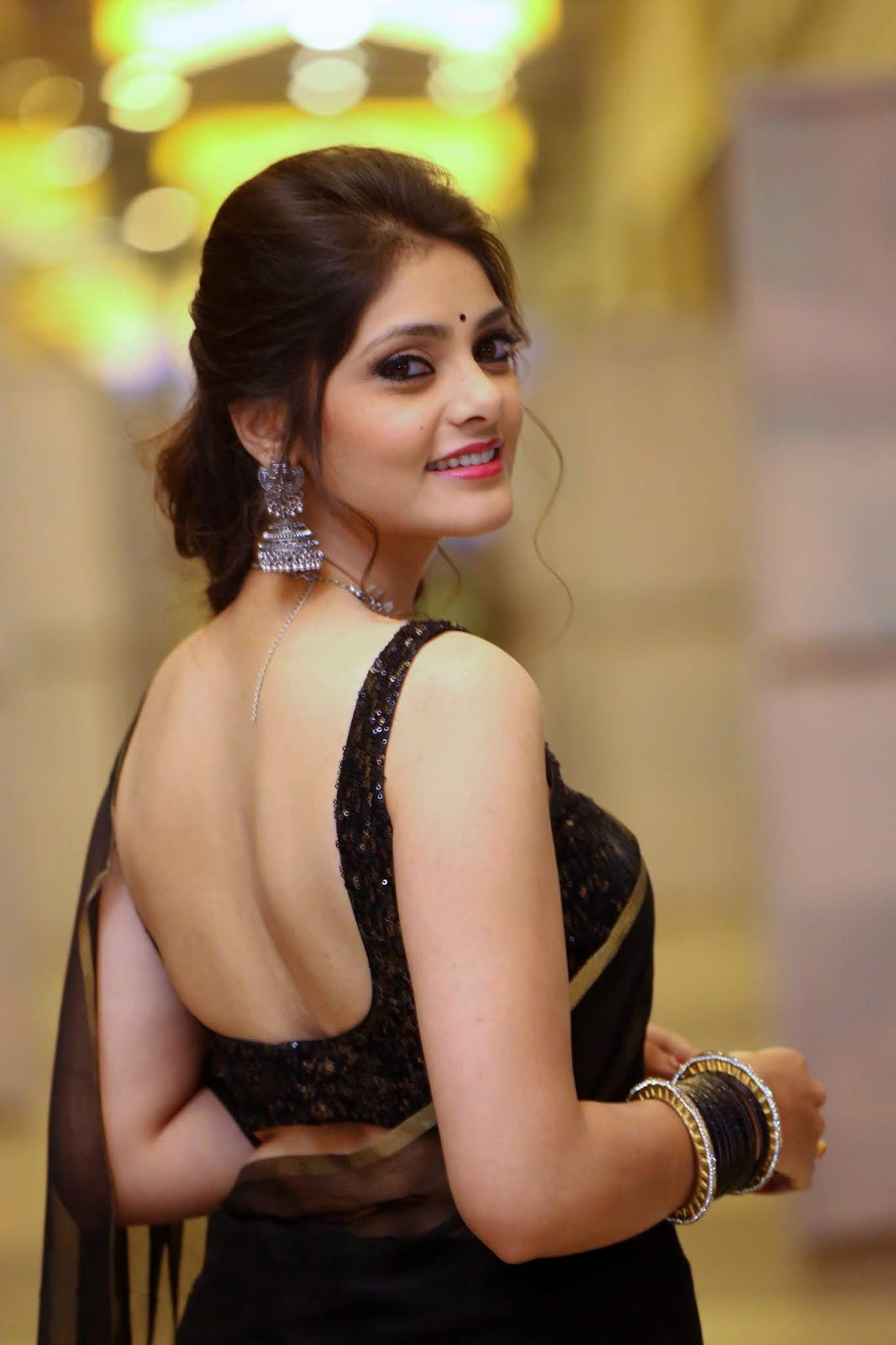 Rahasya Gorak's Mind Blowing Body In Black Transparent Saree