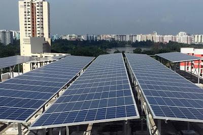 Panel Surya Singapura