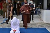Aceh Rekrut Eksekutor Perempuan untuk Hukum Cambuk