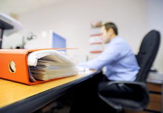 Стоит ли устраиваться на работу официально