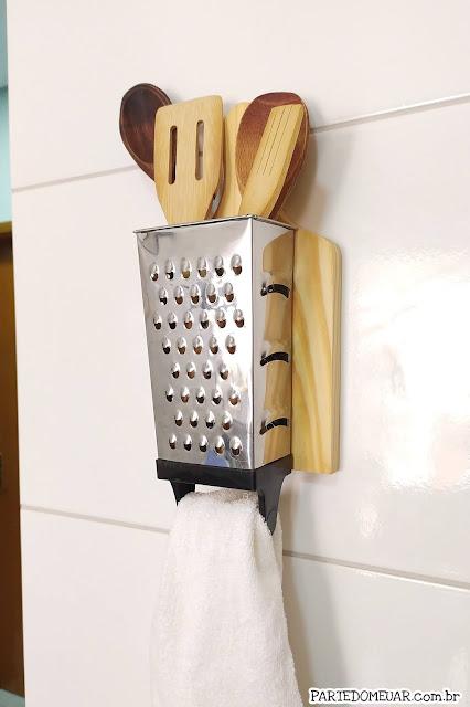 porta utensilios com tabua