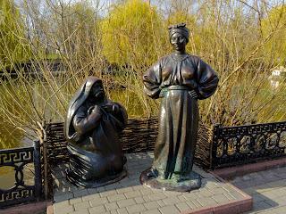 Миргород. Скульптура Солохи