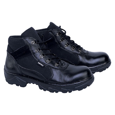 Sepatu Safety Boot Catenzo DM 102