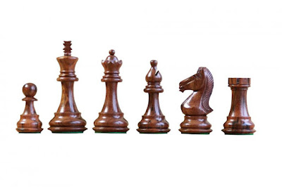 Majestic Francisco Golden Rosewood Chess Pieces