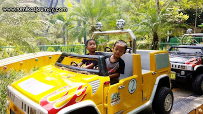 wahana jeep tour di jungleland sentul