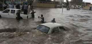 السيول تُغرق 400 قرية في إيران