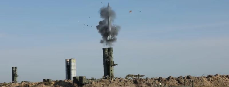 Пуски ракет ЗРК С-300 на Херсонщині (slow motion)
