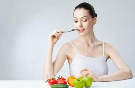 Ăn hoa quả tươi buổi sáng cực tốt cho sức khỏe