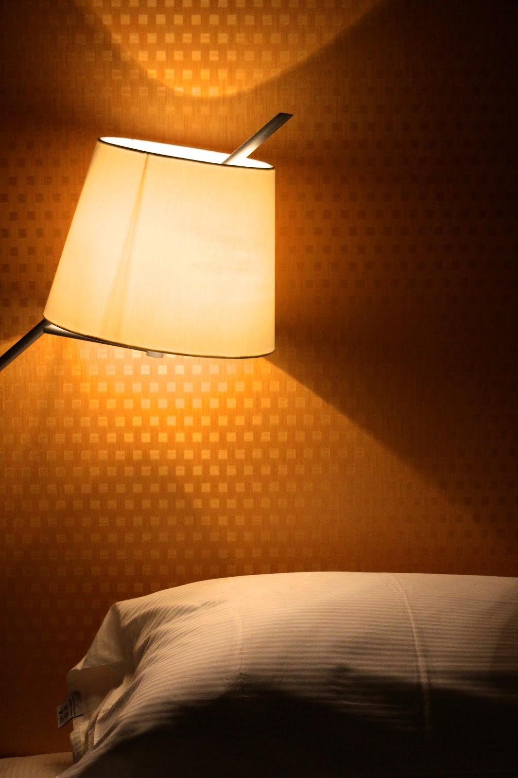 Hilton Cologne Bedroom Lighting