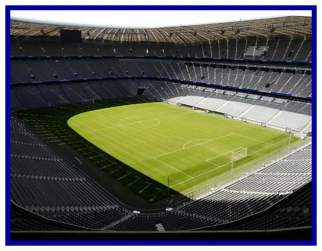 Die Allianz Arena von innen Foto, Allianz arena Innen neu, panoramabild Allianz arena Innen, Allianz arena innenraum