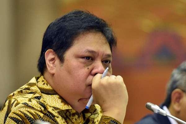 Biarkan Rangkap Jabatan di Kabinet, Jokowi Dinilai Beri Contoh Tidak Baik