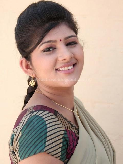 Sona Chopra Thuttu Tamil Movie Actress