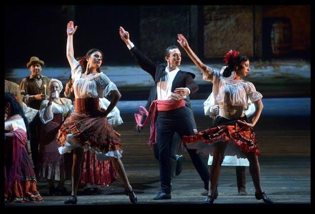 כוחו של גורל - ביקורת אופרה