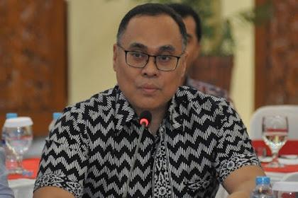 Guru Besar UI Kritisi Rencana Jokowi Rekrut Rektor Asing