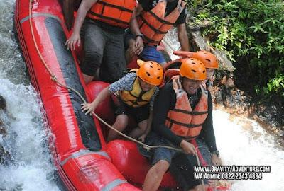 body rafting di jawa barat