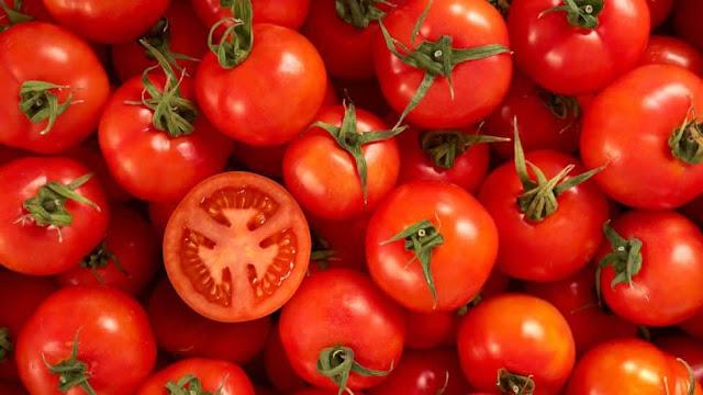 Tips Cara Menghilangkan Jerawat Dengan Tomat