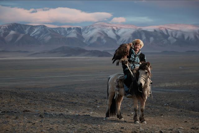 C. Glendening & S. Leahovcenko | Mongolian Eagle Hunters