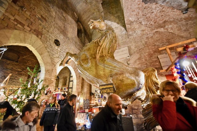 mercatini-di-natale-perugia-rocca-paolina-poracci-in-viaggio