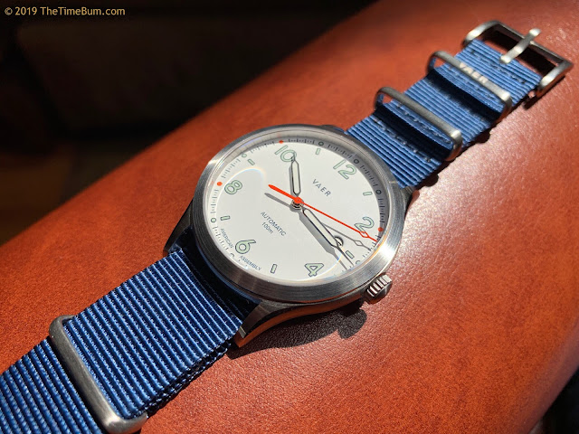 Vaer Automatic White Design blue NATO