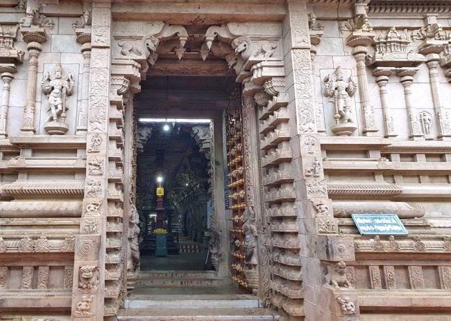 Sri Vairavar Swamy Temple Entrance & Dwajasthambam